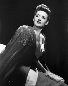 "Bette Davis publicity photo for""Now Voyager,"" 1942. - Image 0701_0806"