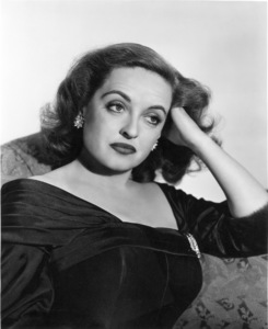 "Bette Davis publicity photo for ""All About Eve,"" 1950. - Image 0701_1008"