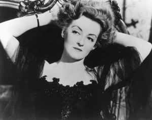 """Bette Davis in character for """"The Little Foxes,"""" 1941. - Image 0701_1009"""