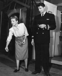 """Bette Davis, James DavisBehind the scenes of """"Winter Meeting""""1948 / Warners - Image 0701_1281"""