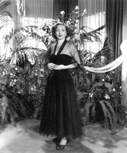 "Bette Davis in ""June Bride,"" 1948. - Image 0701_1330"