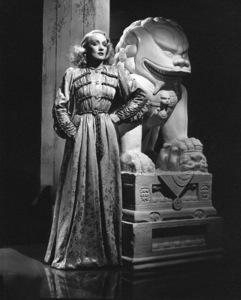 """""""Shanghai Express"""" 1931.Marlene Dietrich. - Image 0709_0043"""