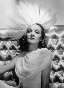 Marlene Dietrich, 1937.Photo by George Hurrell - Image 0709_0044