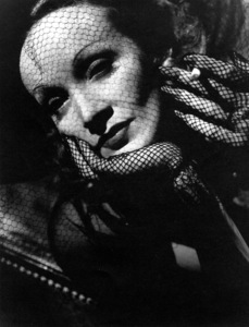 """Seven Sinners""Marlene Dietrich1940/Universal © 1978 John Engstead - Image 0709_0161"