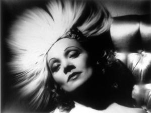 Marlen Dietrich, c. 1937.Photo by George Hurrell - Image 0709_0803