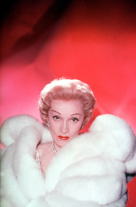 Marlene Dietrich, 1950. © 1978 Paul Hesse - Image 0709_1002