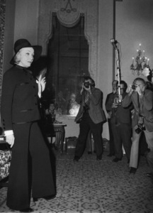 Marlene Dietrich at a press conference,December 1972. - Image 0709_1925