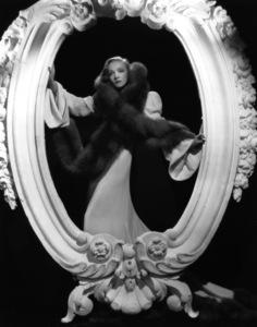 Marlene Dietrich c. 1935 **I.V. - Image 0709_1939