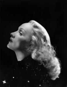 Marlene Dietrichcirca 1942**I.V. - Image 0709_1959