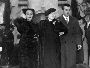 Dolores del Rio, Marlene Dietrich and Cedric Gibbons at John Gilbert funeral 1936** I.V. - Image 0709_1997