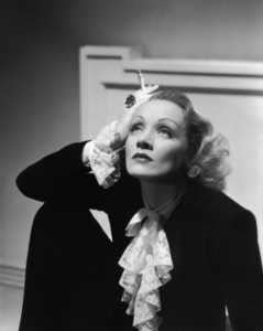 Marlene Dietrichcirca 1932** B.D.M. - Image 0709_2013