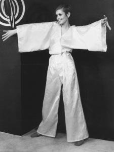 Twiggy in LondonFashion Show1967 - Image 0710_0024