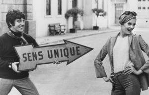 Twiggy and Justin de Villeneuve1967 - Image 0710_0026