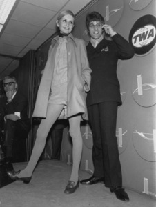 Twiggy with her manager/companionJustine de Villaneuve during press conferencein New YorkMarch 21, 1967 - Image 0710_0046