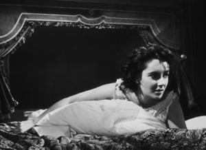 """Elizabeth Taylor in """"Giant"""" © 1955 Warner Bros.MPTV - Image 0712_0047"""