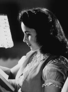 Elizabeth TaylorC. 1947**R.C.MPTV - Image 0712_0055