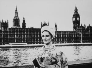 Elizabeth Taylor in LondonC. 1972 **R.C.MPTV - Image 0712_0070