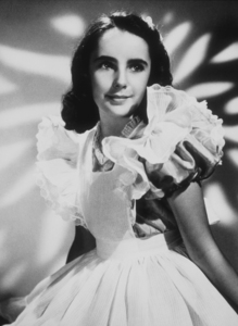 """Elizabeth Taylor in """"The White Cliffs of Dover""""1944 MGM**R.C.MPTV - Image 0712_0086"""