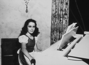 """Elizabeth Taylor during filming of """"Jane Eyre""""194420th Cent. Fox**R.C.MPTV - Image 0712_0092"""