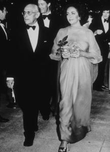 Elizabeth Taylor with George CukorC. 1974**R.C.MPTV - Image 0712_0108