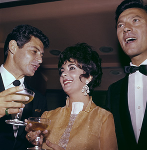Elizabeth Taylor with Eddie Fisher and Laurence Harvey1960 © 1978 Bernie Abramson - Image 0712_0213