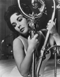 """Elizabeth Taylor in """"Cat on a Hot Tin Roof""""1958 MGMMPTV - Image 0712_0374"""