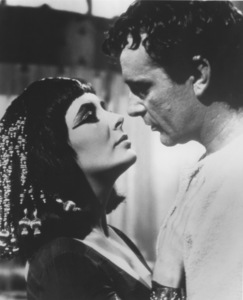 "Elizabeth Taylor and Richard Burton in ""Cleopatra""1963 20th Century FoxMPTV - Image 0712_2004"