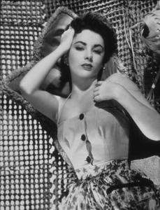 Elizabeth Taylorc.  1955MPTV - Image 0712_2134