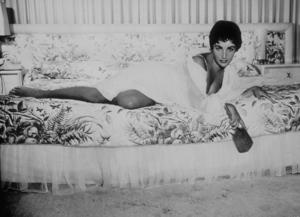 Elizabeth TaylorC. 1955MPTV - Image 0712_2151