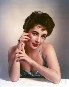 Elizabeth Taylorcirca 1955 - Image 0712_2155