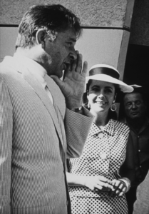 Elizabeth Taylor and Richard Burton1971 © 1978 Marv NewtonMPTV - Image 0712_2201