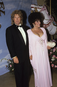 Larry Fortensky and Elizabeth Taylor at the Carousel of Hope Ball held at The Beverly Hilton hotel1990 © 1990 Gunther - Image 0712_2212