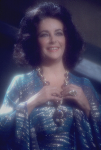 Elizabeth Taylor1974 © 1978 Bergman-SuttonMPTV - Image 0712_2290