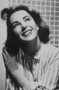 Elizabeth TaylorC. 1952MPTV - Image 0712_2338