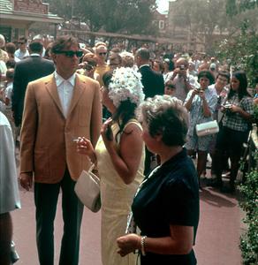 Elizabeth Taylor, Richard Burton and daughter Kate Burton at Disneyland1965 © 1978 Gene HowardMPTV - Image 0712_5004