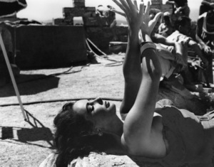 """Elizabeth TaylorOn the set of """"Suddenly Last Summer""""1959 Columbia**I.V. - Image 0712_5042"""