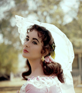 """Elizabeth Taylor On the set of """"Raintree County""""1957 © 1978 Bob Willoughby - Image 0712_5059"""