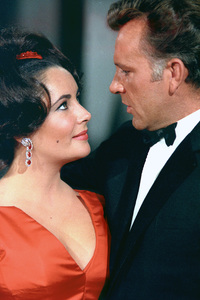 Elizabeth Taylor and Richard Burton on an NBC television show1965 © 1978 Bob Willoughby  - Image 0712_5154