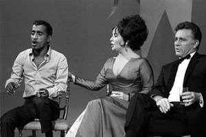 Sammy Davis Jr., Elizabeth Taylor and Richard Burton on an NBC television show 1965 © 1978 Gunther - Image 0712_5167