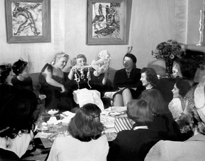 Elizabeth Taylor at a baby shower given by her and Barbara Thompson (left) for Marilyn Hilton1950 © 1978 Bob Willoughby - Image 0712_5185