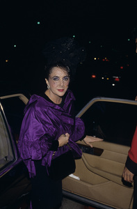 Elizabeth Taylor1988 © 1988 Gary Lewis - Image 0712_5232