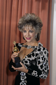 """Elizabeth Taylor at """"The 42nd Annual Golden Globe Awards"""" 1985 © 1985 Gary Lewis - Image 0712_5255"""