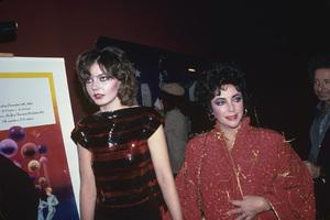 Elizabeth Taylor and Maria Burton1980 © 1980 Gary Lewis - Image 0712_5266