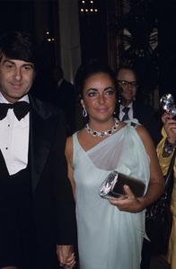 Elizabeth Taylor and Henry Wynbergcirca 1970s © 1978 Gary Lewis - Image 0712_5267