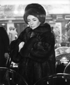 """Ash Wednesday"" Elizabeth Taylor 1973 Paramount Pictures** I.V. - Image 0712_5281"