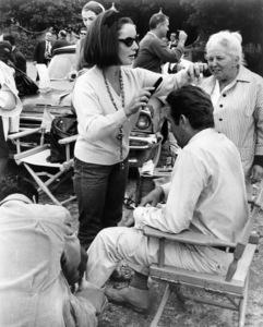 """Elizabeth Taylor visiting the set of """"The Night of the Iguana"""" with husband Richard Burton1964 MGM** I.V. - Image 0712_5285"""