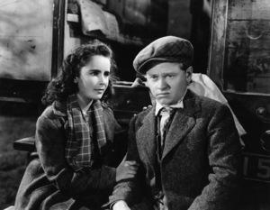 """National Velvet""Elizabeth Taylor, Mickey Rooney1944 MGM** B.L. - Image 0712_5288"