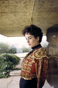 Elizabeth Taylor at her Beverly Hills homecirca 1956© 1978 Sanford Roth / A.M.P.A.S. - Image 0712_5314