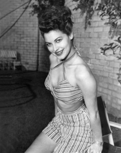 Ava Gardner modeling candy striped playsuit 1944** I.V. - Image 0713_0606