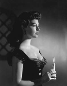 Ava Gardner with candle circa 1940s** I.V. - Image 0713_0617